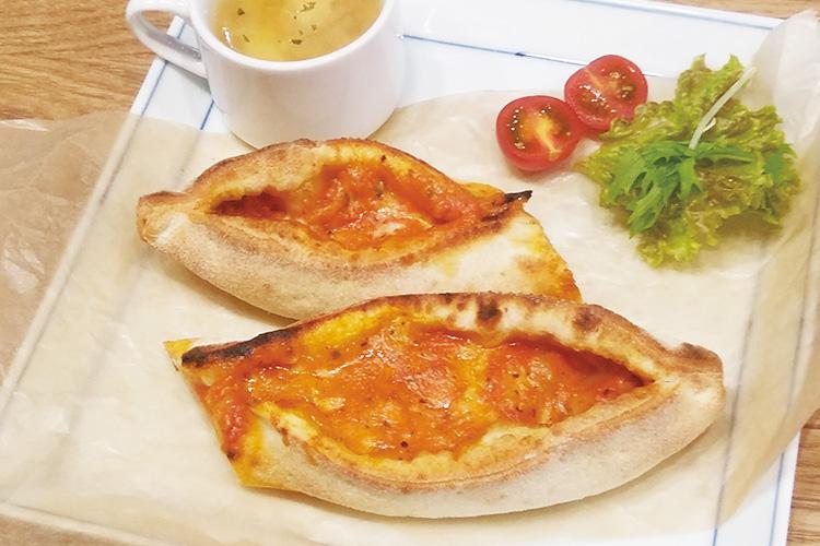 ソレントピザ(トマト)